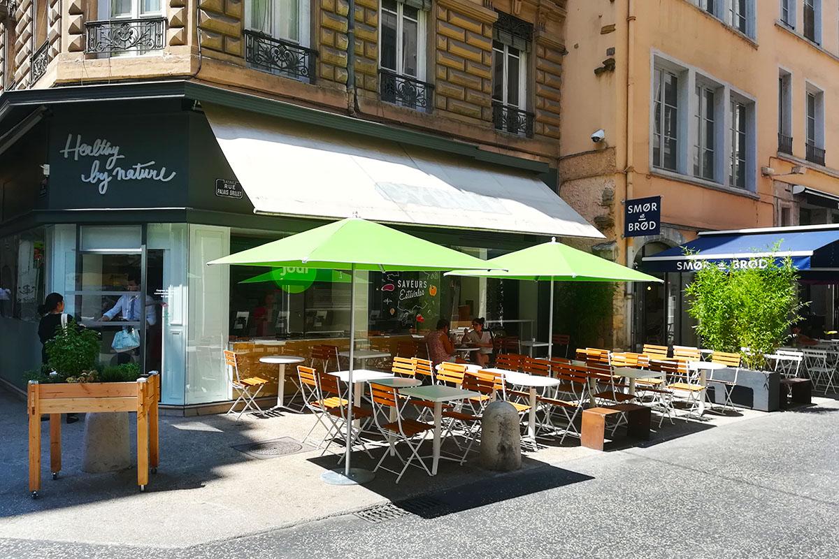 terrasse aménagée pour un restaurant à Lyon
